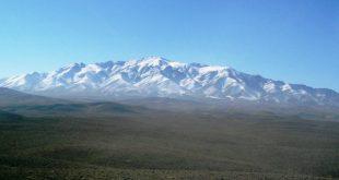 کوه الوند در جنوب رباطمراد