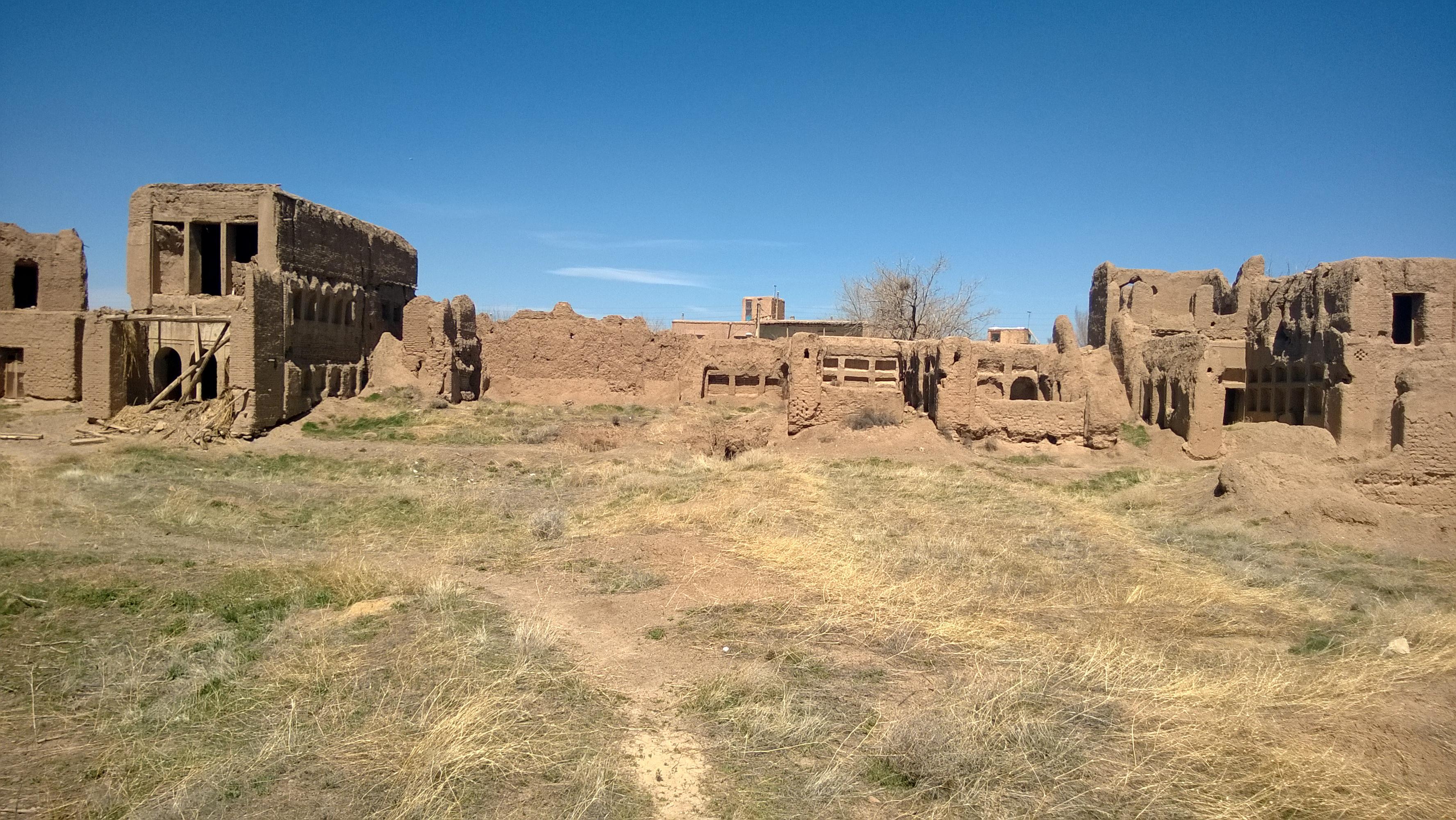 قلعههای خراب شده توسط سیل